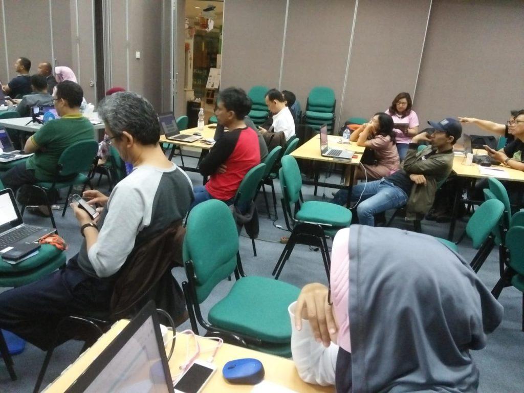 Keunggulan Kursus Bisnis Online SB1M di Ngada, Info 081310971107